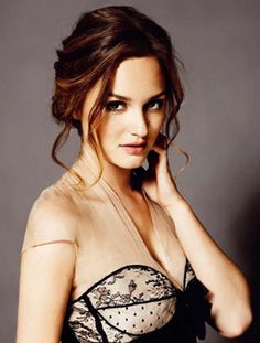 I love Leighton Meester! She`s so talented, so beautiful, so sweet and cute. She`s a massive inspiration. I love her music, her voice is magical!