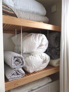 布団収納9 Organization Hacks, My Room, Storage Solutions, Towel, Interior, Closet, House, Furniture, Home Decor