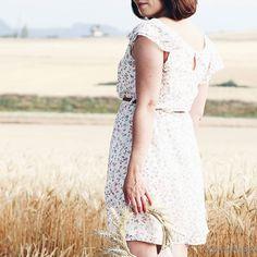 MY FAVORITE SUMMER DRESSES FOR 2016 NOW UP ON THE BLOG! Just hit the #linkinbio   Ich weiß ich weiß... Noch ist es kalt und regnerisch. Aber der Sommer kommt schon bald! Um gut vorbereitet zu sein habe ich ein wenig gestöbert und die besten Sommerkleider für 2016 für euch zusammengestellt. Schaut vorbei auf http://ift.tt/1XC1mwK   Habt einen schönen Tag zusammen   #alittlefashion #lifestyle #blogazine #fashion #trends #summer #dresses #dress #summer2016 #styleblogger #look #lookbook…