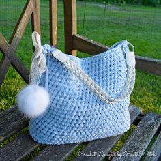 Vet du hur enkelt det är att virka sig en ursnygg väska ! Och även om du är  nybörjare så kommer dina vänner tro att den är köpt och gapa av förvåning  när ... 9027ad716ec84