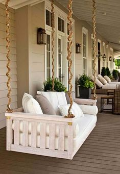Suspended Swing Bed #farmhouse #rustic #porch #decor #decorhomeideas