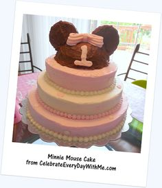 DIY Minnie Mouse cake change to mickey mouse of course