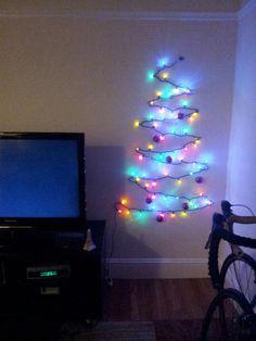 a little bit - DIY Christmas light tree