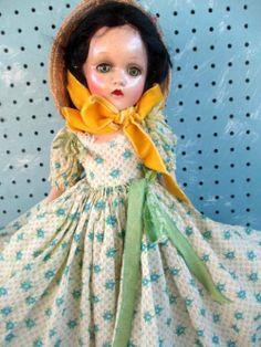 """~ Madame Alexander """"Scarlett O'Hara"""" Doll ~"""