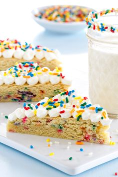 Funfetti Sugar Coookie Bars are exactly the dessert you want to make for a crowd. Totally impressive!