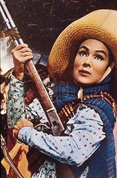 Dolores Del Rio in La Cucaracha.