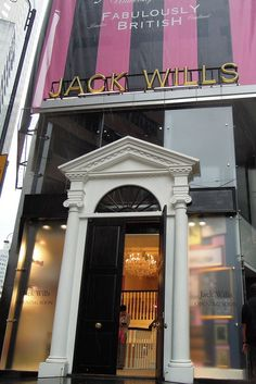 Jack Wills Debuts in Hong Kong http://red-luxury.com/2011/11/21/jack-wills-debuts-in-hong-kong/