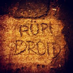 Rüpi droid #wtf #csudapest #budapest #hatker #welovebudapest #budapestagram #hungary #momentsinbudapest #mindekozben #budapeststreets #droid