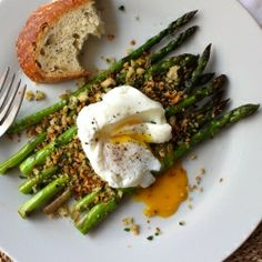 pan-roasted asparagus with lemony garlic breadcrumbs and poached egg