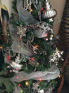 Silver 2014 tree