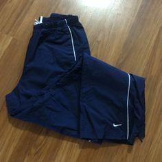 "Nike  pants Nice pants,size M(8-10),inseam 27.5"" Nike Pants"