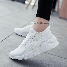 Best Sneakers, Sneakers Fashion, Fashion Shoes, Shoes Sneakers, Sneakers Women, Summer Sneakers, Platform Sneakers, Haraches Shoes, White Sneakers
