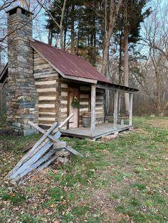 Log Cabins, Log Homes, House Styles, Christmas, Home Decor, Timber Homes, Xmas, Decoration Home, Room Decor