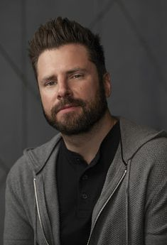 A Million Little Things Series James Roday Image 5 Psych Memes, Psych Tv, Ron Livingston, James Roday, Shawn Spencer, Abc Tv Shows, Ensemble Cast, Its A Mans World, Handsome Actors