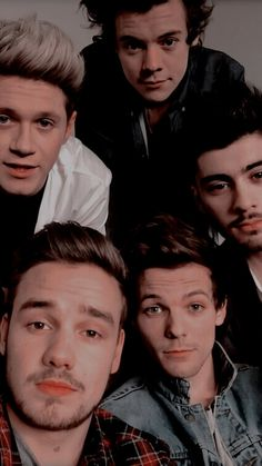one direction wallpapers One Direction Harry, Imagines One Direction, One Direction Lockscreen, One Direction Images, One Direction Wallpaper, One Direction Selfie, One Direction Headers, One Direction Collage, One Direction Group