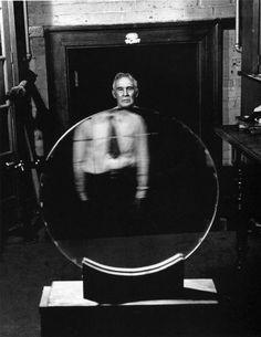 Andreas Feininger - born in 1906, Paris, France, to an American family of German origin.