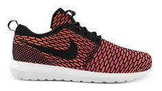 "Nike Flyknit Roshe Run ""fireberry"""