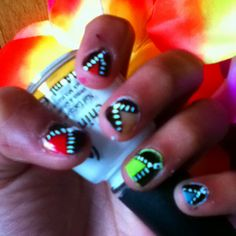 rainbow zipper nails!!