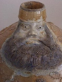 Bartmannkrug face