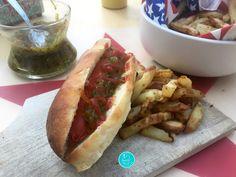 Vous prendrez du relish avec votre Hotdog ? ♨♨ Hot Dog Buns, Hot Dogs, Create Your Own Website, Bread, Food, Battle, Brot, Essen, Baking