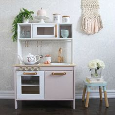 How to customize your IKEA DUKTIG Play Kitchen to match any space in your home. Check out this adorable play kitchen dressed in pink! Ikea Childrens Kitchen, Ikea Toy Kitchen Hack, Kitchen Hacks, Rustic Kitchen, Diy Kitchen, Girls Play Kitchen, Play Kitchens, Ikea Duktig, Ikea Toys