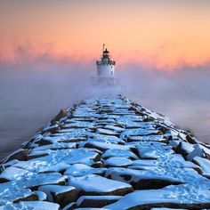Arctic Sea Smoke billows around the Spring Point Ledge Lighthouse in South Portland Maine Travel Honeymoon Backpack Backpacking Vacation Maine Lighthouses, Lighthouse Pictures, Beacon Of Light, Portland Maine, Am Meer, Perfect World, Landscape Photography, Scenic Photography, Places To Go