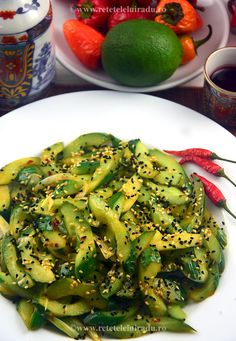 Spicy cucumber salad with sesame Spicy Cucumber Salad, Chinese Food, Avocado Toast, Eat, Breakfast, Recipes, Fine Dining, Salads, Morning Coffee
