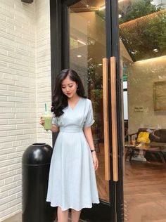 Jul - nice pastel color, length is good, skirt is flowing, top has some room for flexibility in the arms Modest Dresses, Simple Dresses, Pretty Dresses, Beautiful Dresses, Summer Dresses, Muslim Fashion, Modest Fashion, Korean Fashion, Fashion Dresses