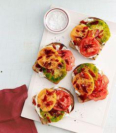Heirloom-Tomato Sandwichescountryliving