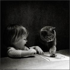 "Andy Prokh - серия фотографий под названием ""Little Girl and Tomcat"" (Poster http://www.photodom.com/portfolio/Andy%20Prokh)"