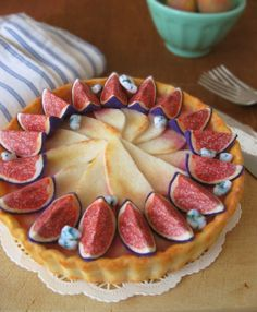Felt Food Fig, Pear and Bleu Cheese Tart by milkfly on Etsy https://www.etsy.com/listing/387465088/felt-food-fig-pear-and-bleu-cheese-tart