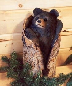 Wood carving, sculpture and relief art by Jonathan the Bearman. Chainsaw Wood Carving, Wood Carving Art, Wood Art, Wood Projects, Woodworking Projects, Bear Decor, Tree Carving, Tree Trunks, Bear Art