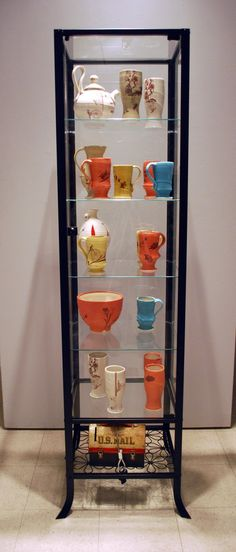 A self serve pottery kiosk, pretty good idea if you ask me! Plus I'm a fan of Adam Paulek's whimsical decals.