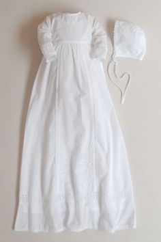 ⭐ Christening Gowns for Girls & Boys in Highest Quality at Best Prices Christening Gowns For Girls, Baptism Gown, Dragon Sleeve Tattoos, Girls Dresses, Flower Girl Dresses, Baby Gown, Chest Piece, Black And Grey Tattoos, Amethyst