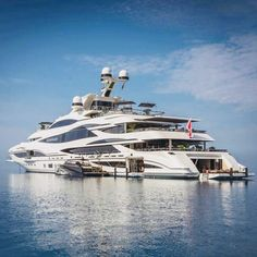 """Luxury Yatchs Mega Interior Lifestyle Design Most Expensive Boat 👉 Get Your FREE Guide """"The Best Ways To Make Money Online"""" Yacht Design, Yacht Luxury, Luxury Travel, Benetti Yachts, Yachting Club, Image Swag, Buy A Boat, Yacht Party, Cool Boats"""