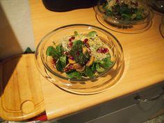 Feldsalat mit gebratenen Shikate-Pilzen - Moschinskis Rezept versüßte das Weihnachtsfest auf Vegan Kingdom