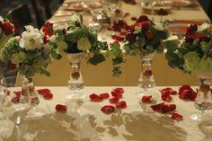 シェ松尾青山サロン様の装花 紅葉と、赤でかわいく