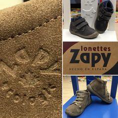 Tenim novetats!!! Mira aquest dos models que acabem de rebre de la nova col·lecció Zapy. Molts de vosaltres ja heu gaudit de la seva excel·lent relació qualitat/preu aquest estiu. Zapy és tot un referent en la confecció de lones, especialistes en sabates infantils i amb tot el procés de fabricació fet a Elx. Són super-còmodes, flexibles i fabricats en pell.  T'hi apuntes a la moda Zapy?  #️⃣ #elsomni #cardedeu #zapy #ecologic #new #collection #fw1617 #sabateria #infantil #juvenil