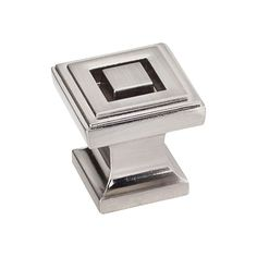 This satin nickel finish small square cabinet knob is a part of the Delmar Series from Jeffrey Alexander. A perfect blend of craftmanship in traditional and contemporary design to complement any decor.