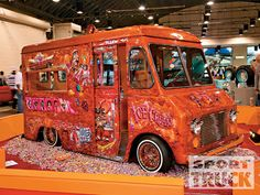 That's one tricked out icecream truck