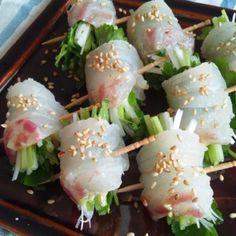 鯛のフィンガーカルパッチョ Sushi Recipes, Asian Recipes, Cooking Recipes, Fun Easy Recipes, Healthy Recipes, Party Dishes, Japanese Food, Food Inspiration, Food Porn