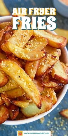 Air Fryer Frozen French Fries are THE best way to make homemade French fries! Learn how to make crispy fries easily with an air fryer and frozen French fries. Tasty Potato Recipes, Potato Snacks, Air Fry Recipes, Ninja Recipes, Beef Recipes, Best French Fries, French Fries Recipe, Homemade Fries