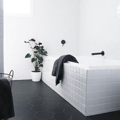 Stunning monochrome bathroom design by @chelseawarburton featuring Meir matte black tapwear. Absolutely love this renovation project! Get the look at www.meir.com.au/. #matteblack #blacktapware #MeirAustralia #bathroom #matte #black #MeirAustralia