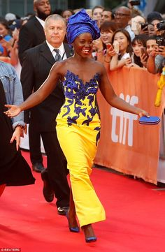 Lupita Nyong'o Looked Elegant At The 2016 Toronto Festival African Attire, African Wear, African Women, African Dress, African Style, Afro, African Print Fashion, African Fashion Dresses, Tiffany & Co.