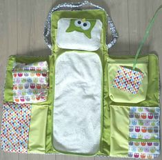 Baby Couture, Heirloom Sewing, Kids Bags, Baby Room Decor, Sewing Techniques, Baby Sewing, Baby Items, Baby Quilts, Sewing Projects