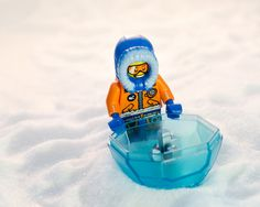 LEGO CITY Arctic Snowmobile and the ice gem
