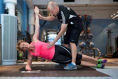 Hanna Sumari tiputti fustralla 12 kiloa - kokeile viittä liikettä! - Laihdutus - Ilta-Sanomat Health Fitness, Exercise, Gym, Workout, My Favorite Things, Sports, Ejercicio, Hs Sports, Work Out