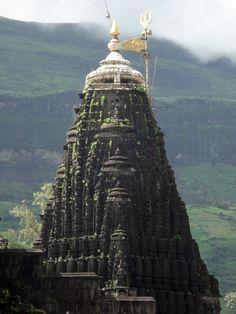 tselentis-arch:  Trimbakeshwar Jyotirling, Nashik, Maharashtra, India Photo:ganuullu viapallas-athena India