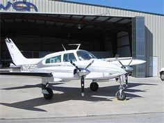 Airplanes for sale, offered by individuals to aircraft dealers. Aircraft for sale around the world private Jets-singles Cessna Aircraft, Used Aircraft, Aircraft Images, Aircraft Pictures, Bush Plane, Luxury Jets, Airplane For Sale, Engine Pistons, Private Plane