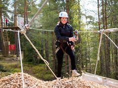 #SeikkailupuistoHuippu 'ssa kaikki radat päättää loppuliuku.   Every course in #TreetopAdventureHuippu ends with a zipline.